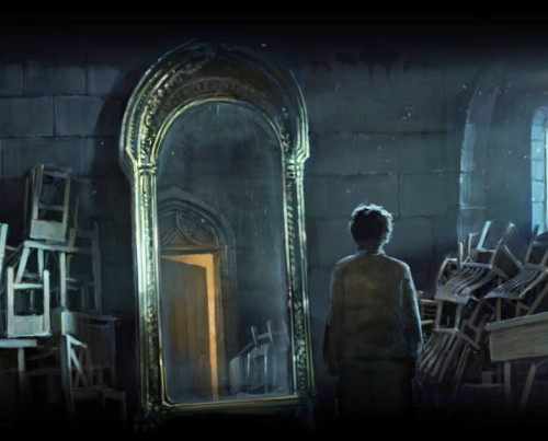 Harry finds the Mirror of Erised