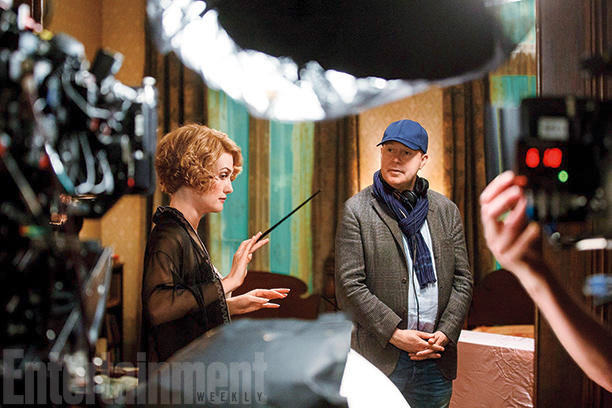 Alison Sudol (Queenie) with director David Yates